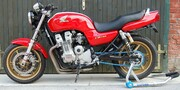 Honda CB750 by Kemeter