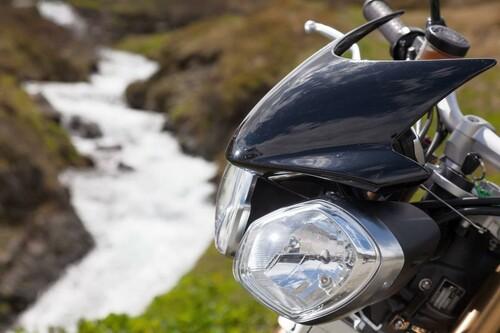 http://www.motorrad-bilder.at/slideshows/291/009689/triumph-speed-triple-ischgl-2013-9.jpg