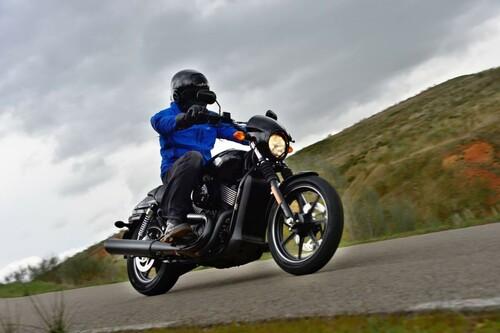 http://www.motorrad-bilder.at/thumbs/500x375/slideshows/291/010875/harley-street-750-test-34.jpg?new
