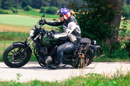 http://www.motorrad-bilder.at/thumbs/500x375/slideshows/291/011252/yamaha_xv950-12.jpg?new