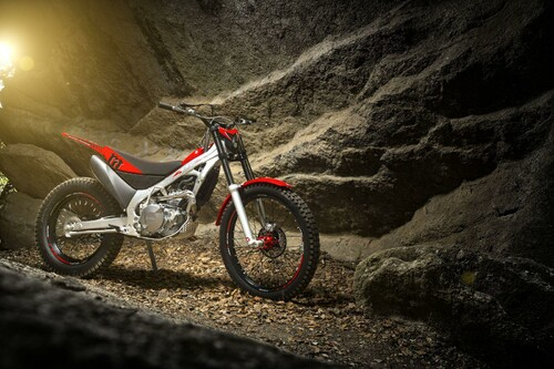 http://www.motorrad-bilder.at/thumbs/500x375/slideshows/291/011340/montesa_cota_4rt_3.jpg?new