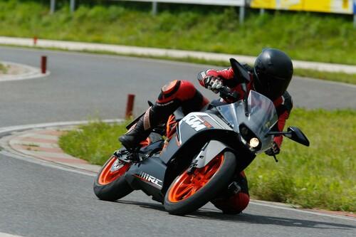 KTM RC125 Test