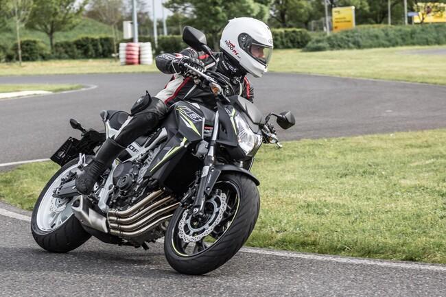 Motorrad Bild: Einsteiger Nakedbikes 2016: Yamaha MT-07, Honda CB650F & Suzuki SV650