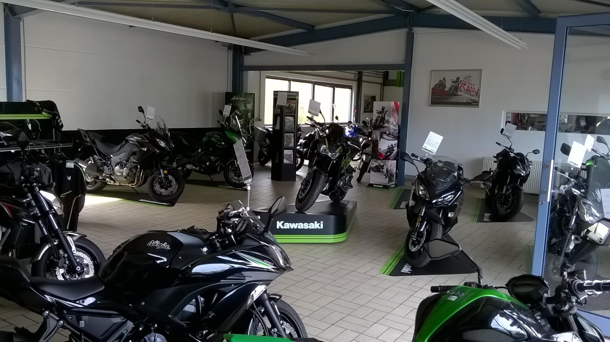 Unternehmensbilder Brand und Dowalil Motorradhandel 4