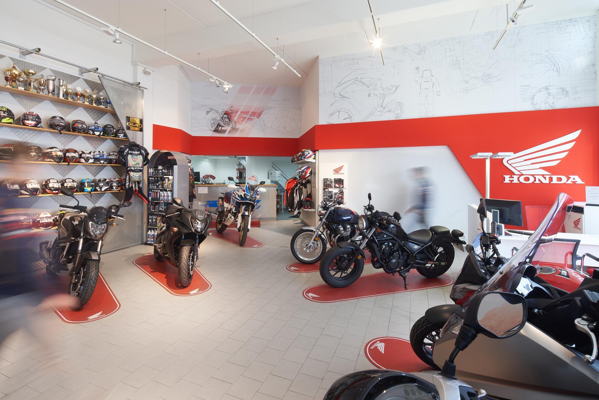 Unternehmensbilder Motorrad-Box GmbH 7