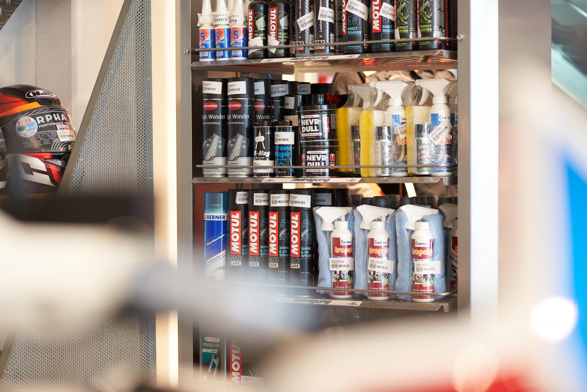 Unternehmensbilder Motorrad-Box GmbH 13