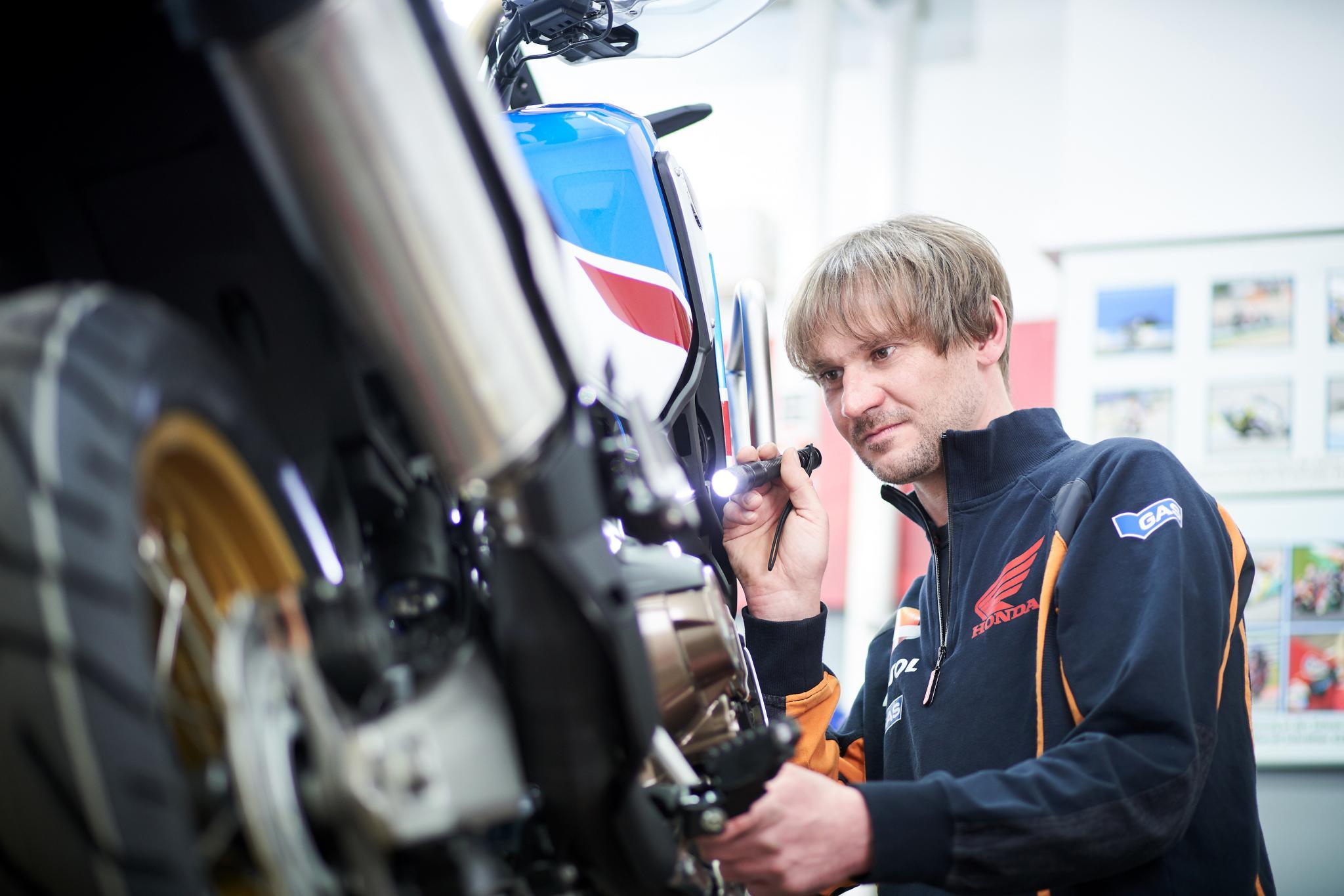 Unternehmensbilder Motorrad-Box GmbH 20