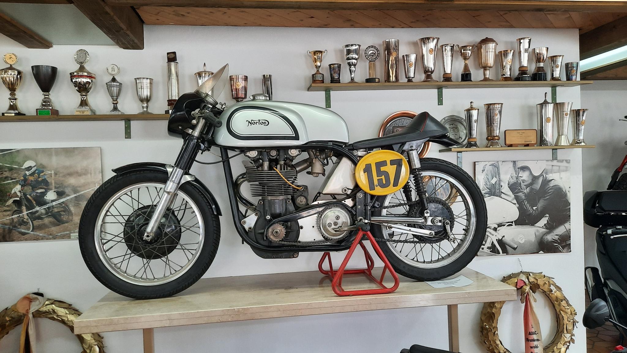 Unternehmensbilder Motorradhaus Gruber GmbH 16