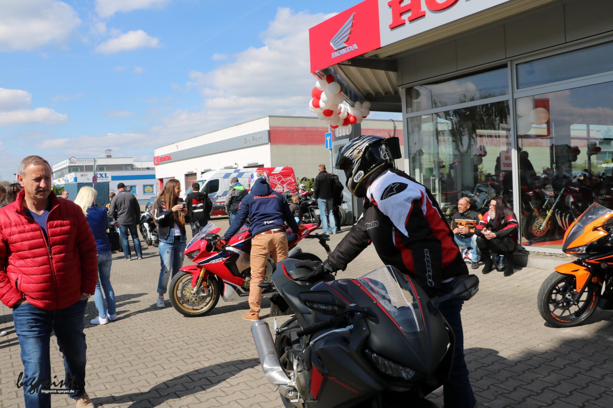 Unternehmensbilder Big Point Motorradhandels GmbH & CO. KG 22