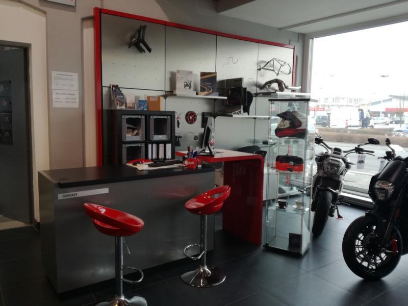 Unternehmensbilder Kalli´s Motorradschmiede GmbH&Co 14
