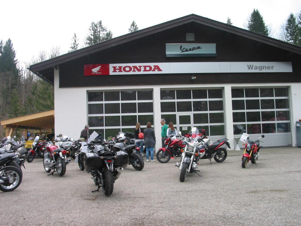 Unternehmensbilder Motorrad-Wagner 12