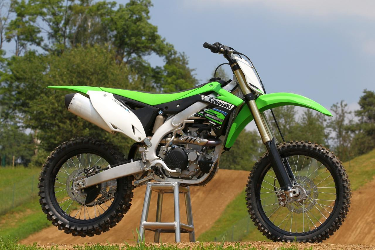 kawasaki kx450f test motorrad fotos motorrad bilder. Black Bedroom Furniture Sets. Home Design Ideas