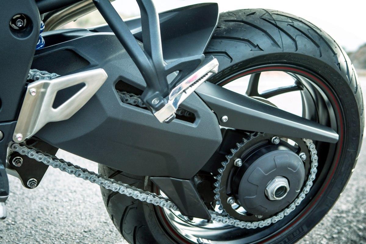 http://www.motorrad-bilder.at/slideshows/291/008935/7.jpg