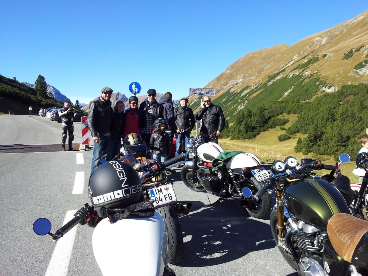 Triumph Scrambler Alpen-Tour Foto