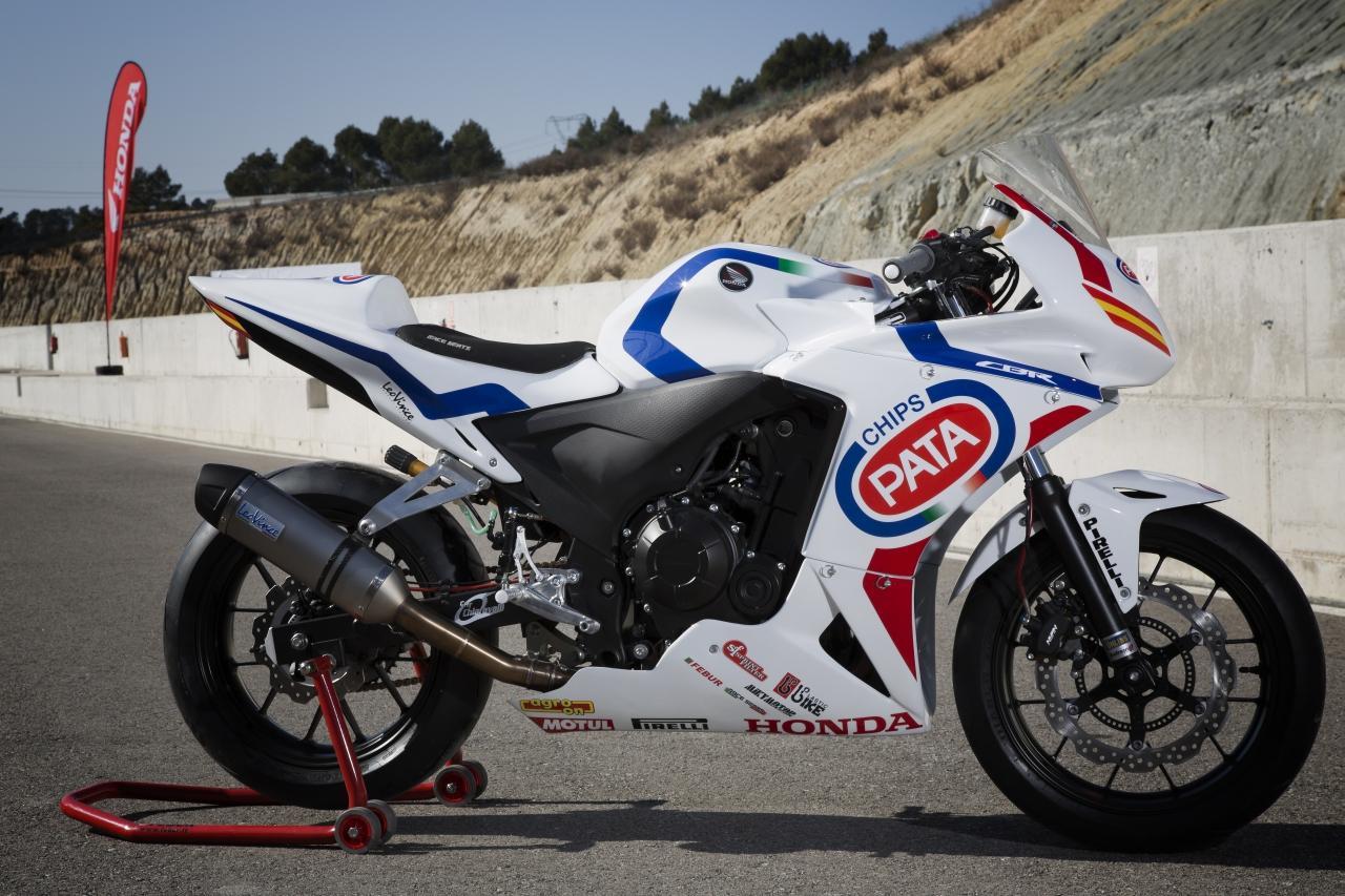 Honda Cbrrr Vs Yamaha Yzf R