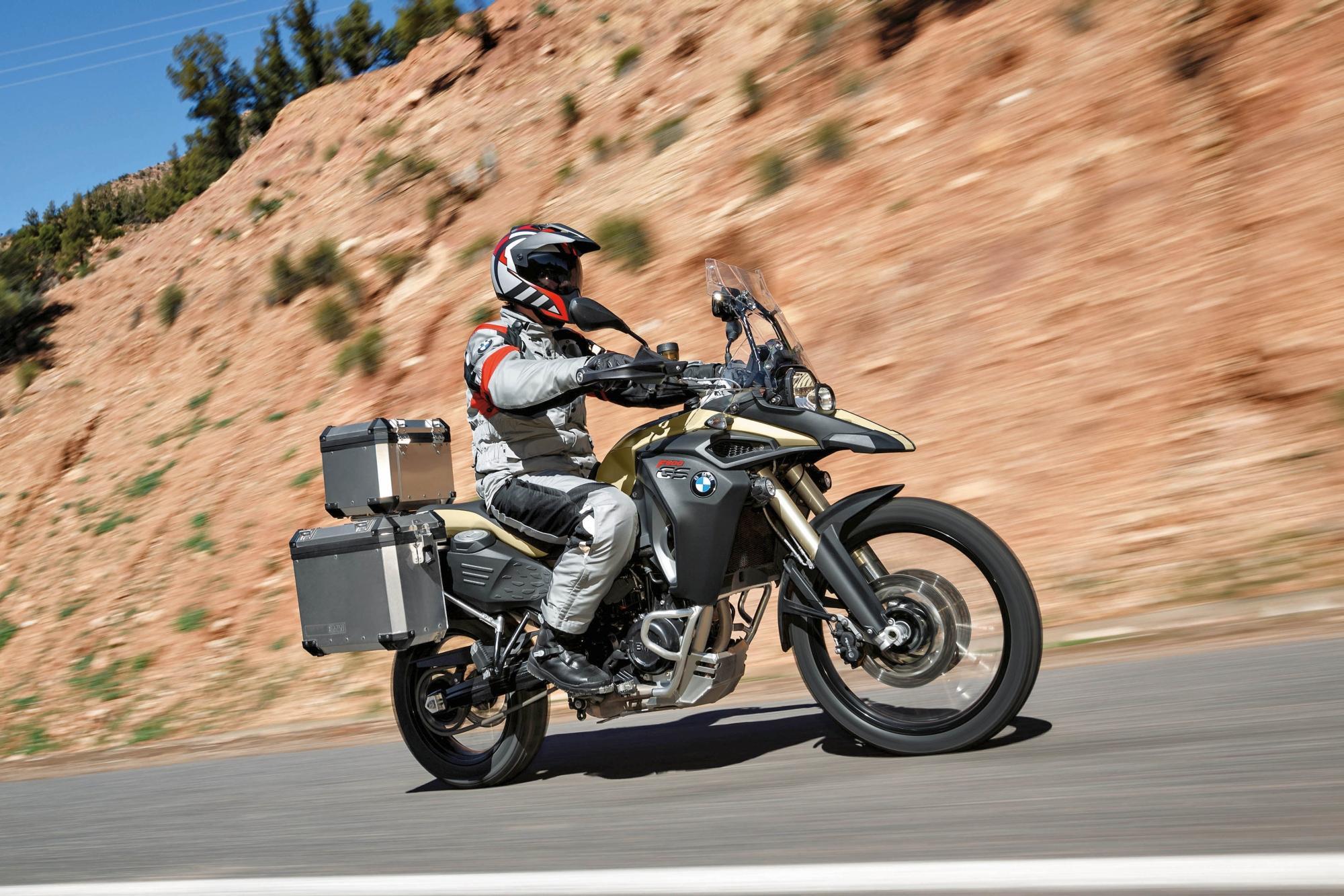 http://www.motorrad-bilder.at/slideshows/291/009407/83.jpg