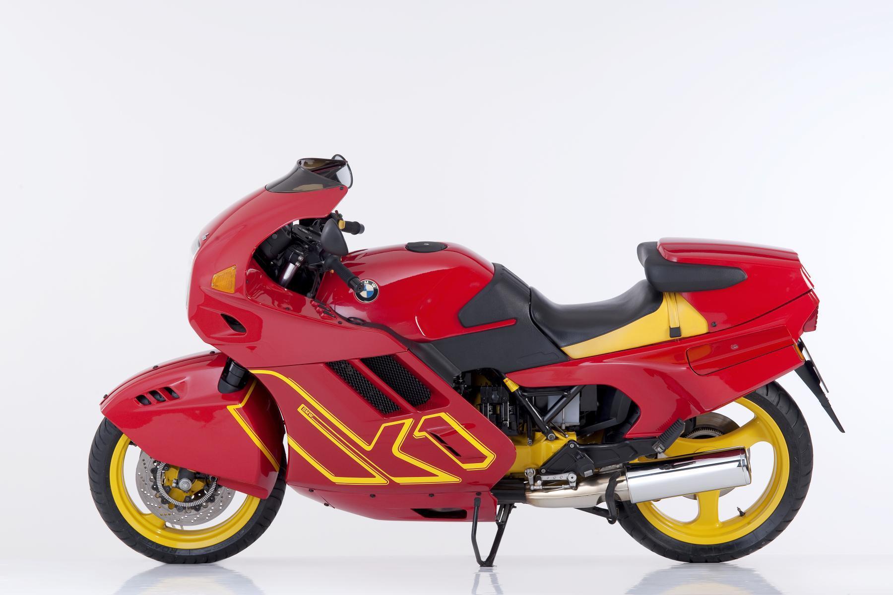 bmw-motorrad-legenden-40.jpg