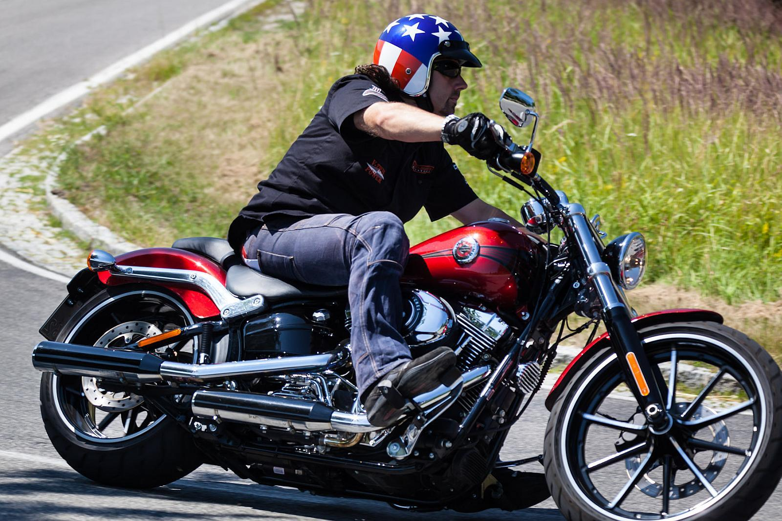 2013 Harley-Davidson Touring Motorcycles Prices and Values