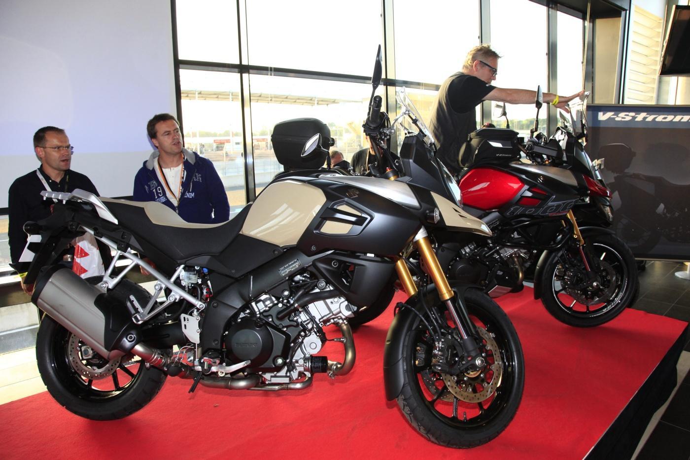 Sobre Motos - Página 5 Suzuki_vstrom_1000_2014_neu_007