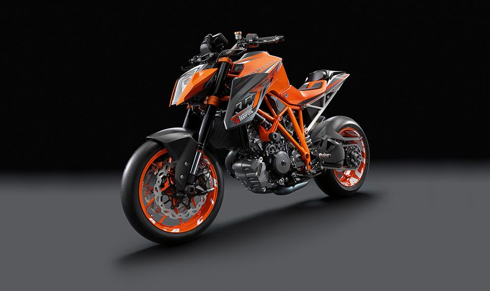ktm 1290 super duke akrapovic motorrad fotos motorrad bilder. Black Bedroom Furniture Sets. Home Design Ideas