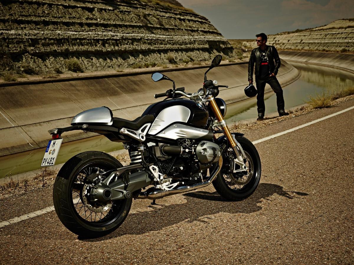 http://www.motorrad-bilder.at/slideshows/291/010258/bmw_r_nine_t_statisch37.jpg