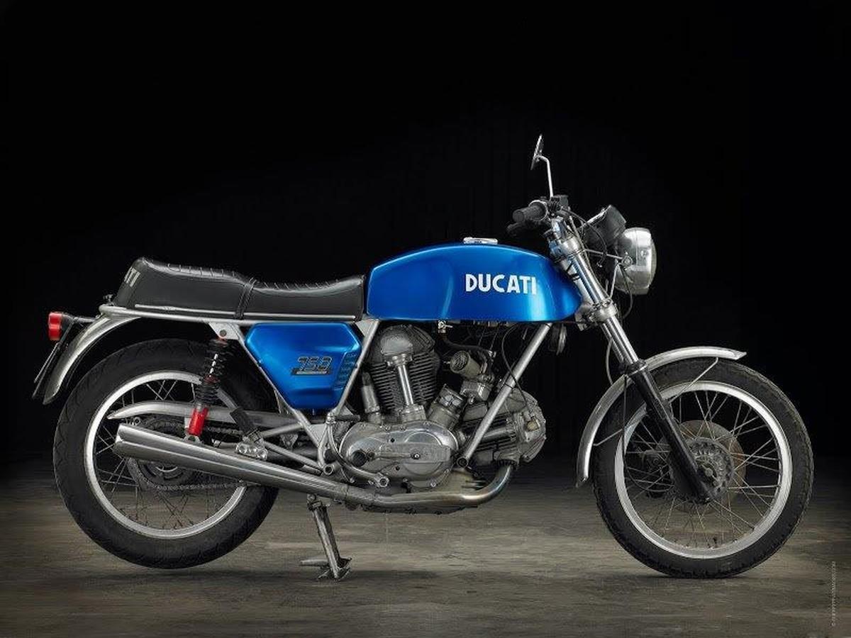http://www.motorrad-bilder.at/slideshows/291/010325/ducati_750_gt_18.jpg