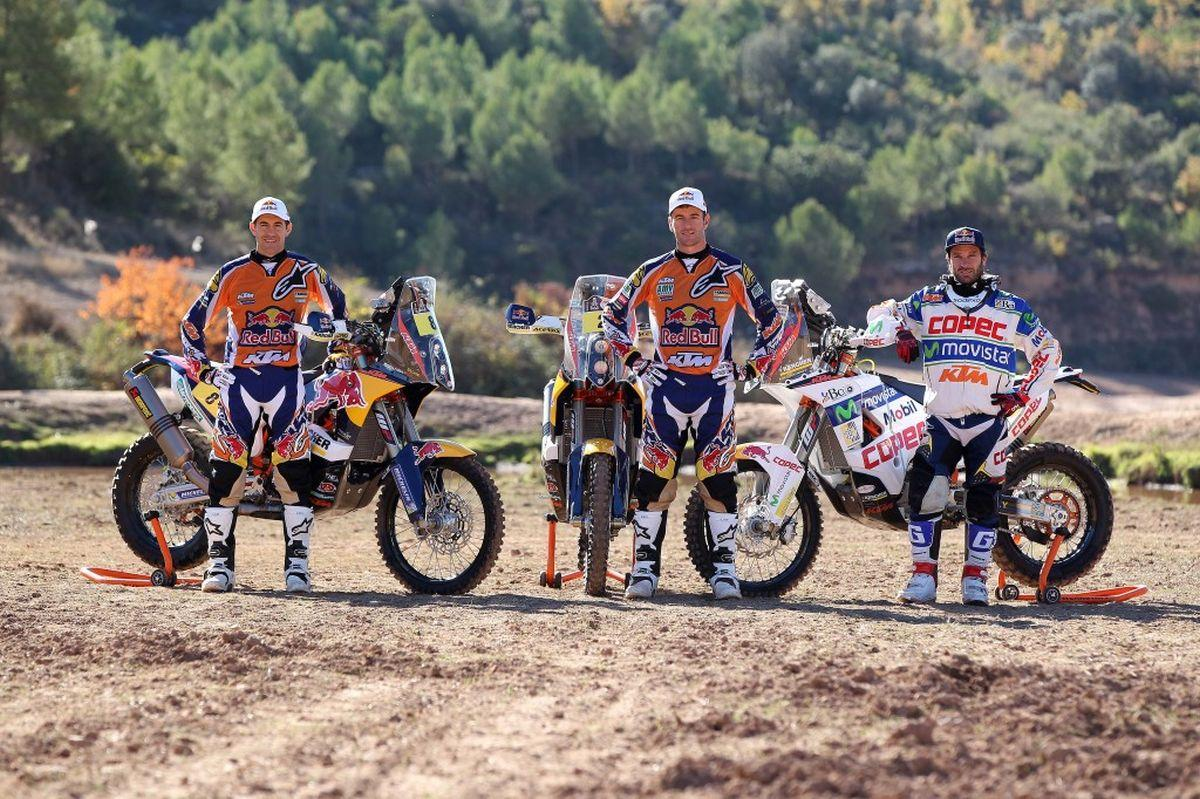 http://www.motorrad-bilder.at/slideshows/291/010507/ktm_450_rally_team_32.jpg