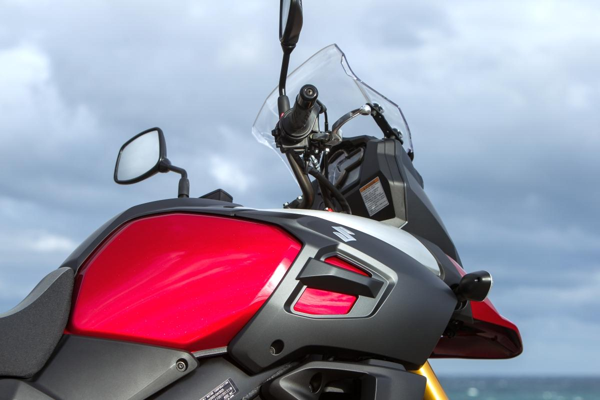 Suzuki V-Strom 1000 ABS 2014 Details Foto