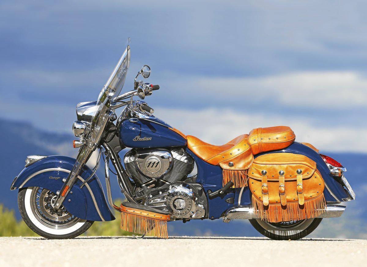 vergleichstest harley davidson heritage softail classic und indian chief vintage motorrad fotos. Black Bedroom Furniture Sets. Home Design Ideas