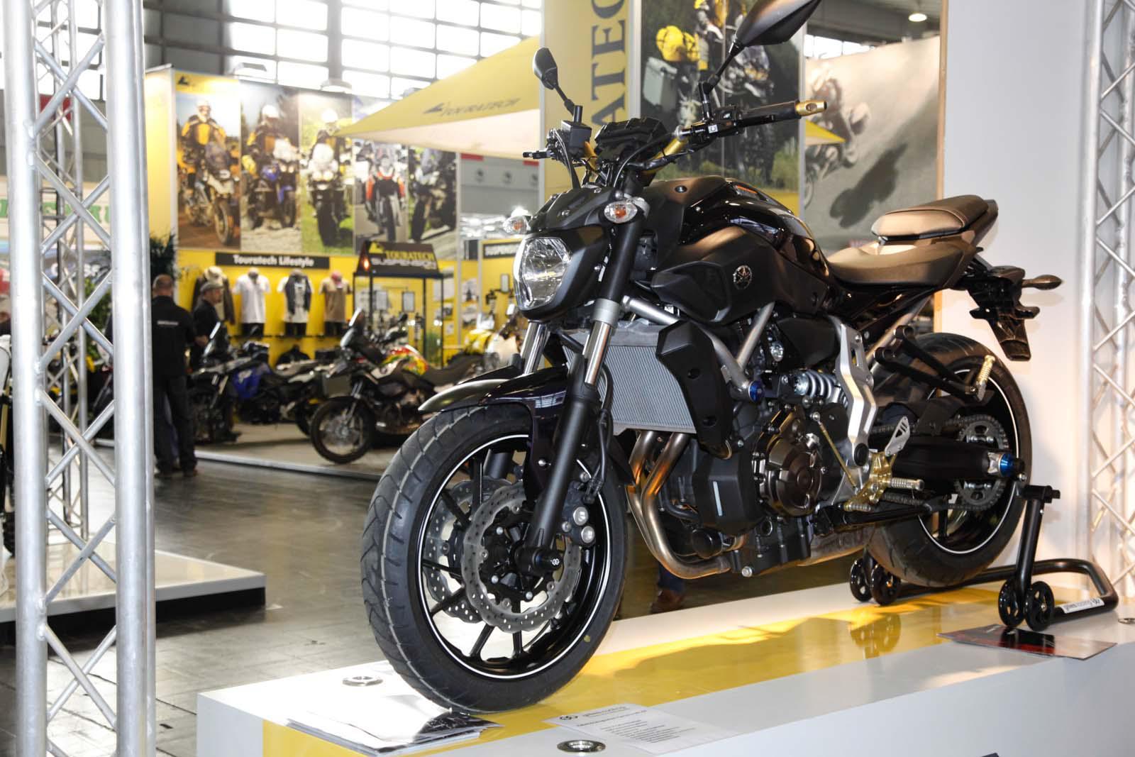 Die neue Yamaha MT-07 mit Gilles Zubehvrteilen