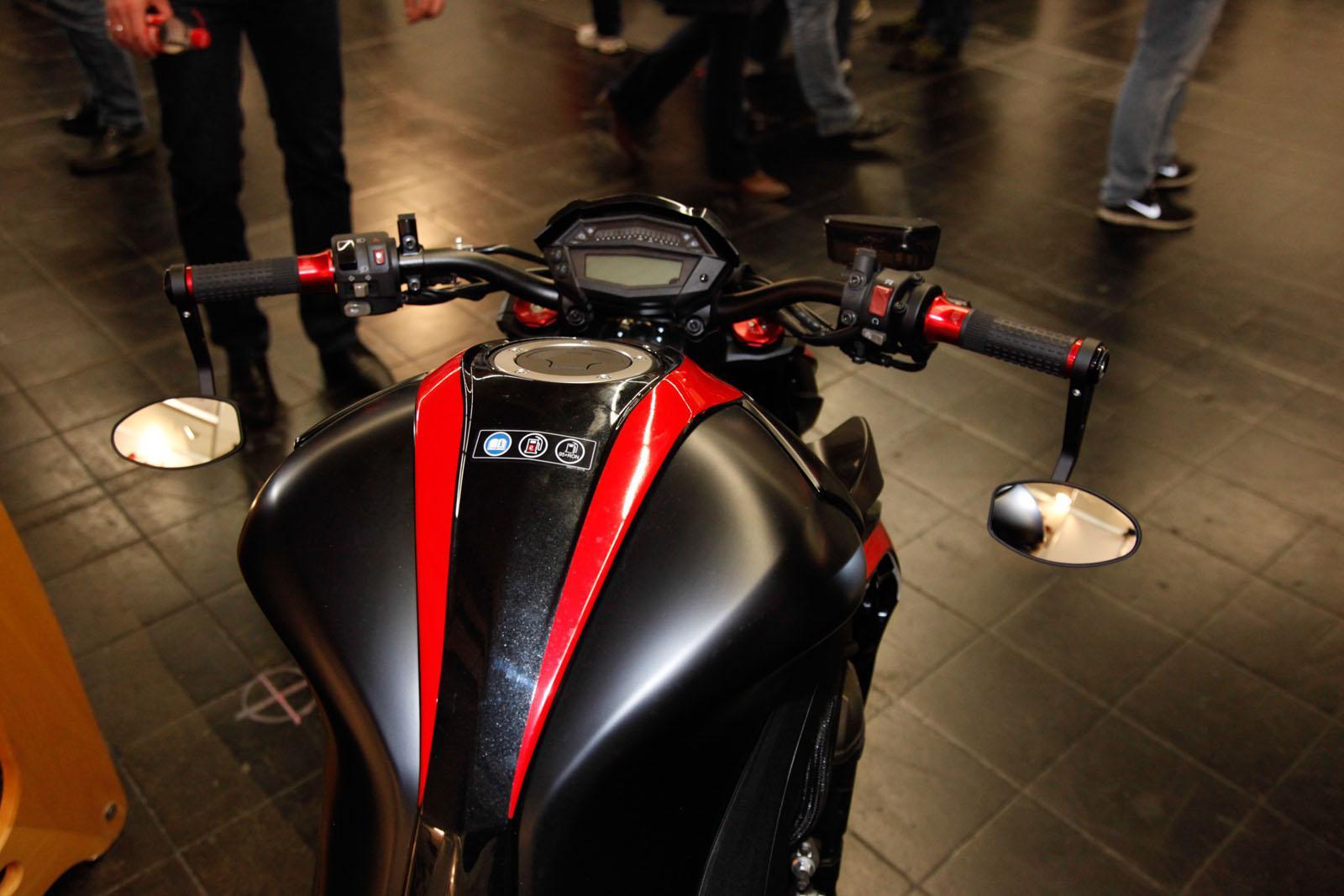 Abm kawasaki z1000 motorrad news for Spiegel unten motorrad