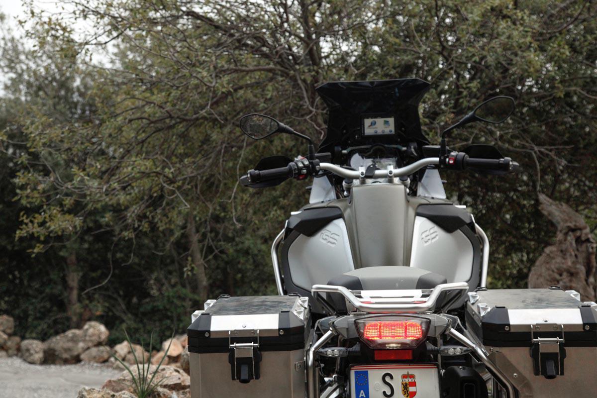 http://www.motorrad-bilder.at/slideshows/291/010829/BMW_1200GSAdv_made_22.jpg