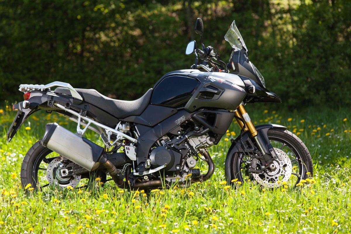 http://www.motorrad-bilder.at/slideshows/291/011025/suzuki_v-strom1000_dauertest_23.jpg