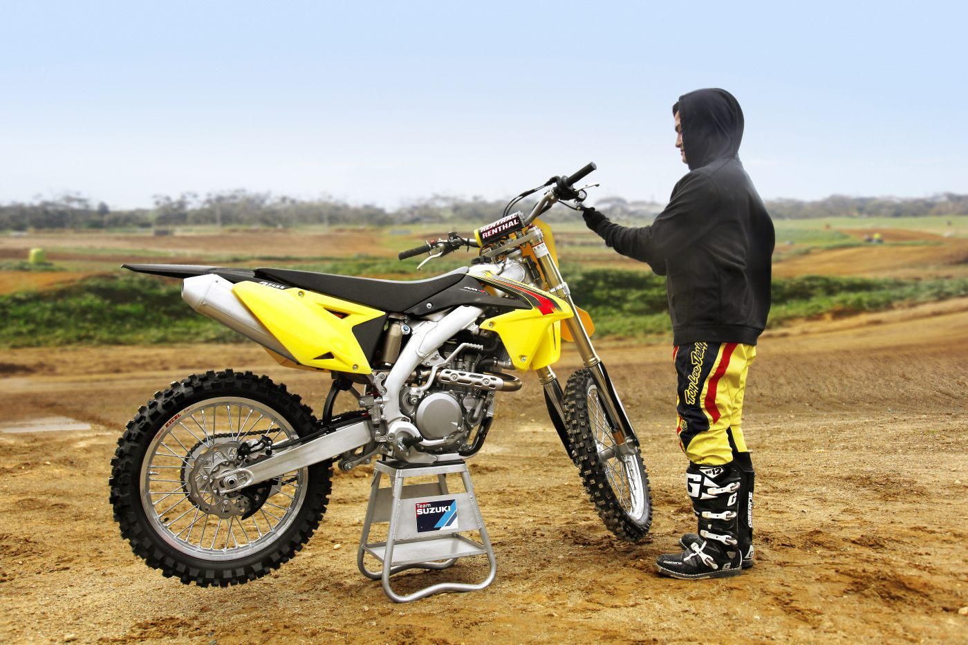 suzuki rm z450 2015 motorrad fotos motorrad bilder. Black Bedroom Furniture Sets. Home Design Ideas