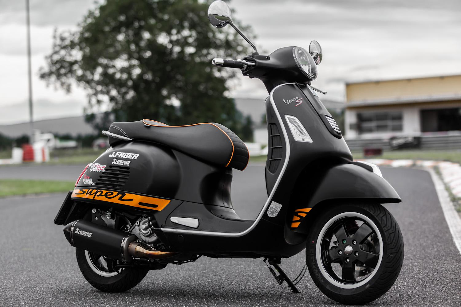 vespa gts 300 i e super by berger motorsport motorrad. Black Bedroom Furniture Sets. Home Design Ideas