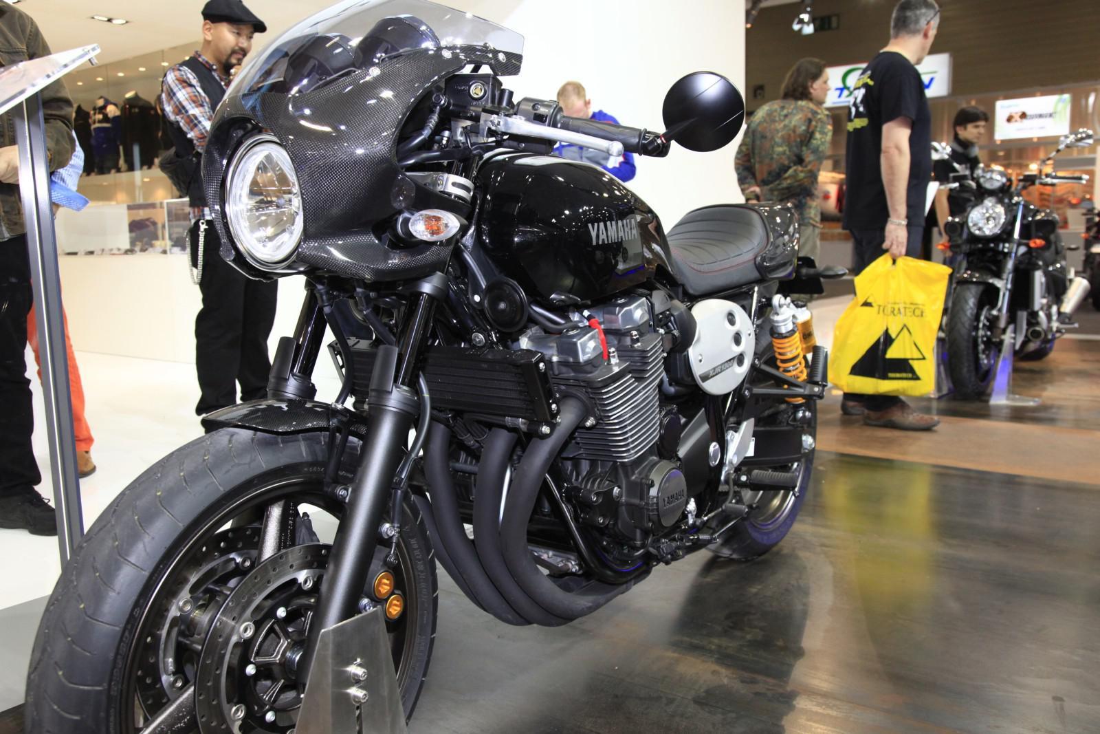 yamaha xjr 1300 racer motorrad fotos motorrad bilder. Black Bedroom Furniture Sets. Home Design Ideas