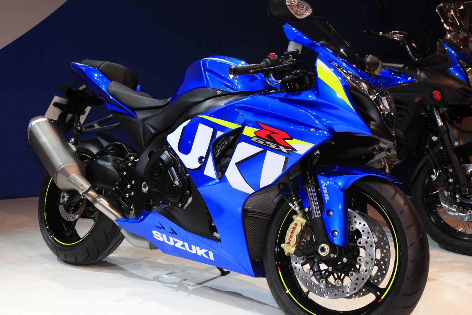 Suzuki gsx r1000 modell 2015 bild 1