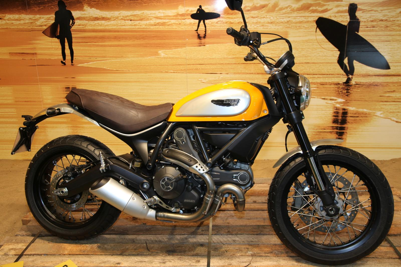ducati scrambler 2015 neu. Black Bedroom Furniture Sets. Home Design Ideas