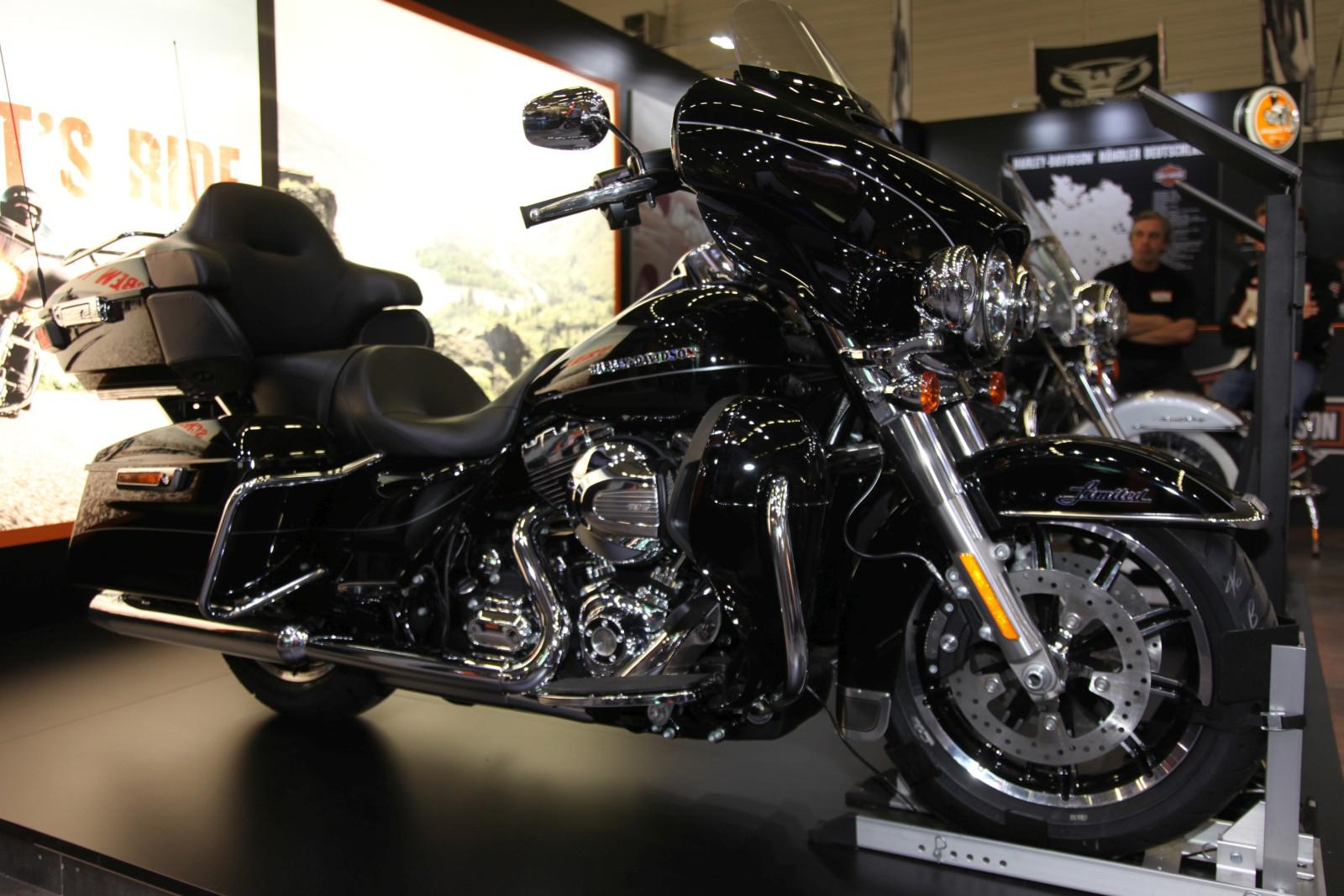 harley davidson ultra limited low intermot 2014. Black Bedroom Furniture Sets. Home Design Ideas