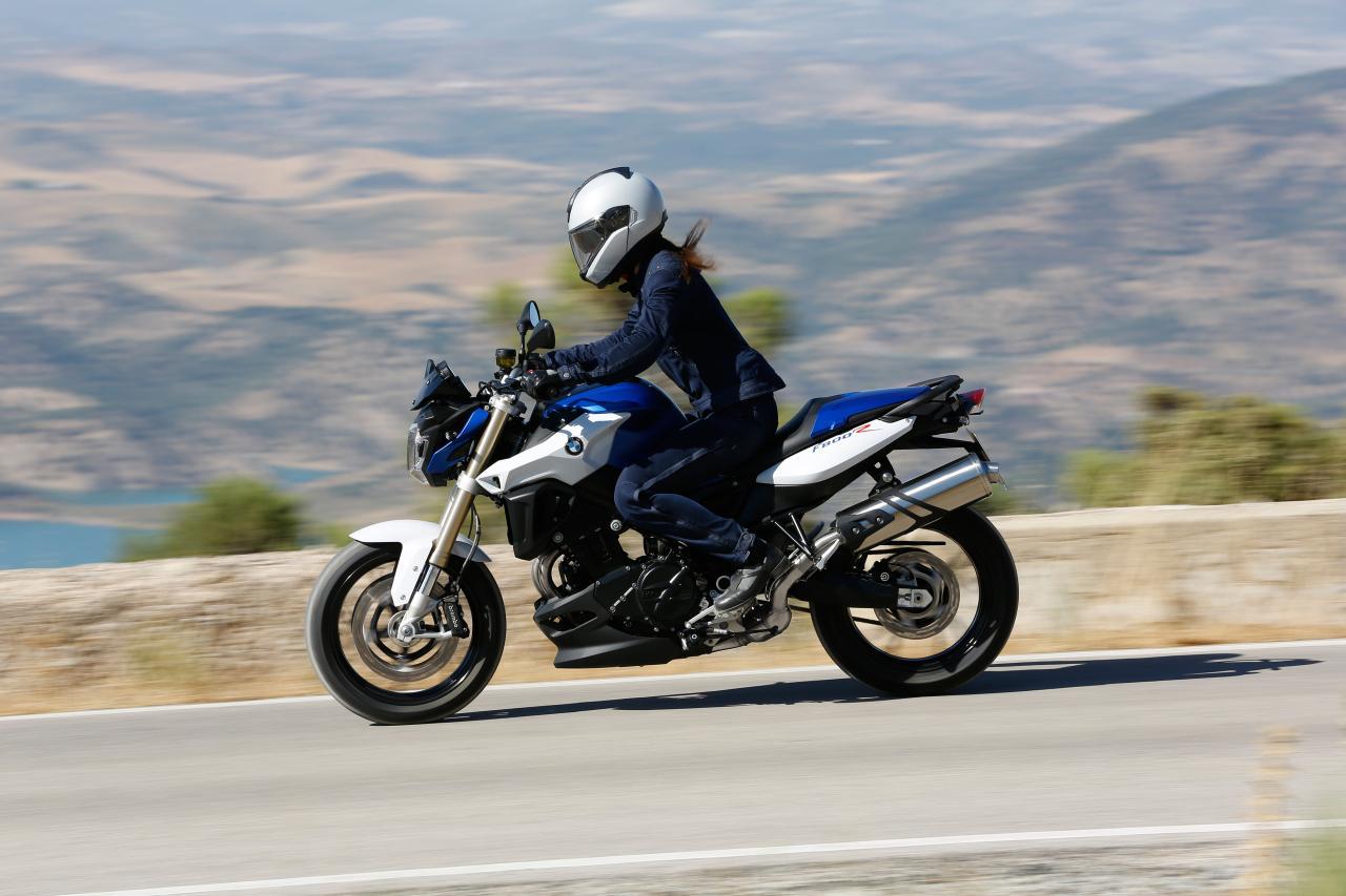 Bmw F 800 R 2015 Motorrad Fotos Amp Motorrad Bilder
