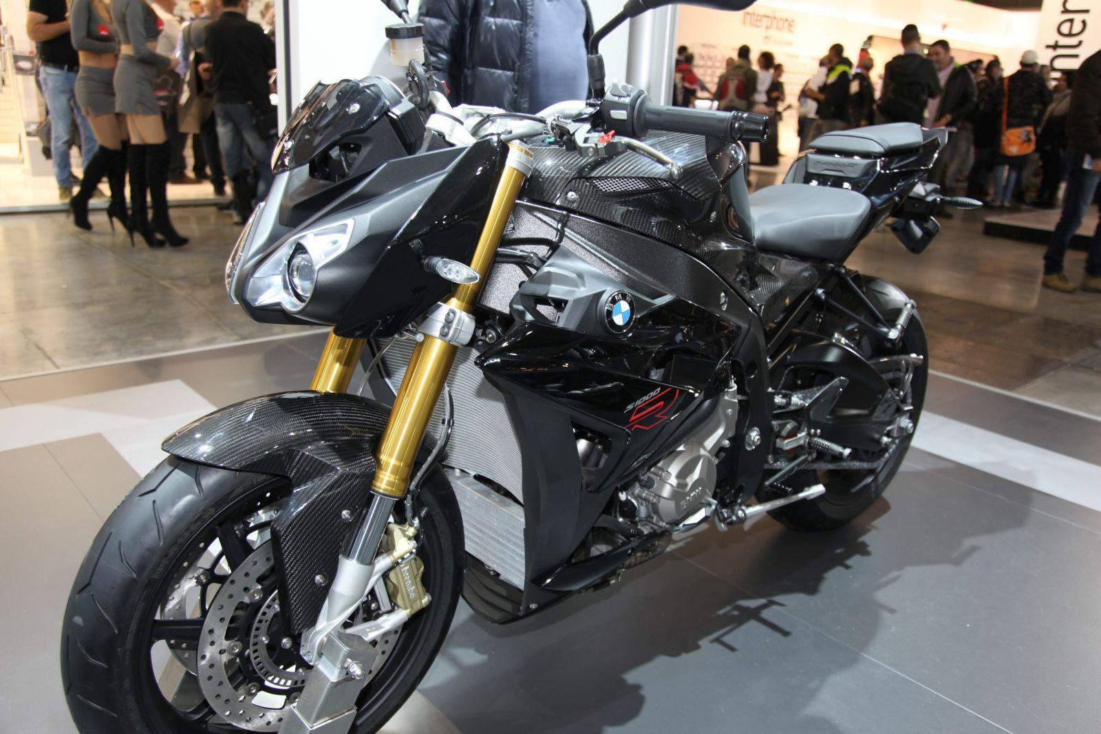 BMW S1000R Und K 1300 R Mit Carbonteilen Aufgerustet