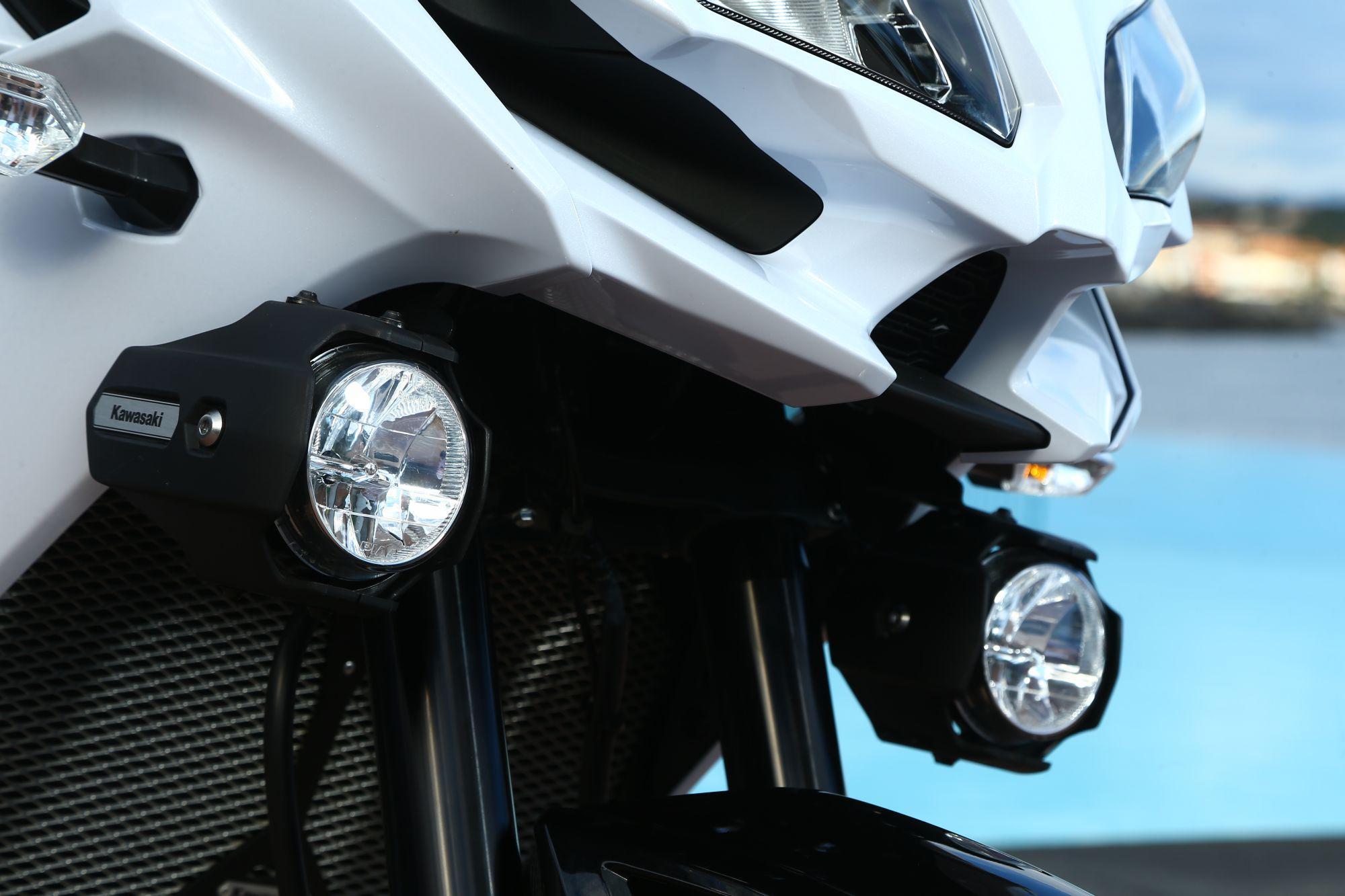kawasaki versys 1000 test 2015 motorrad fotos motorrad. Black Bedroom Furniture Sets. Home Design Ideas