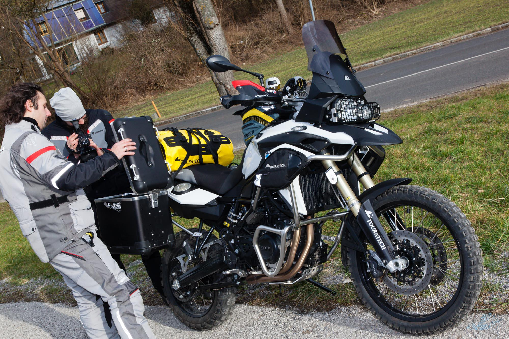 touratech zubeh r 2015 bmw f 800 gs motorrad fotos. Black Bedroom Furniture Sets. Home Design Ideas