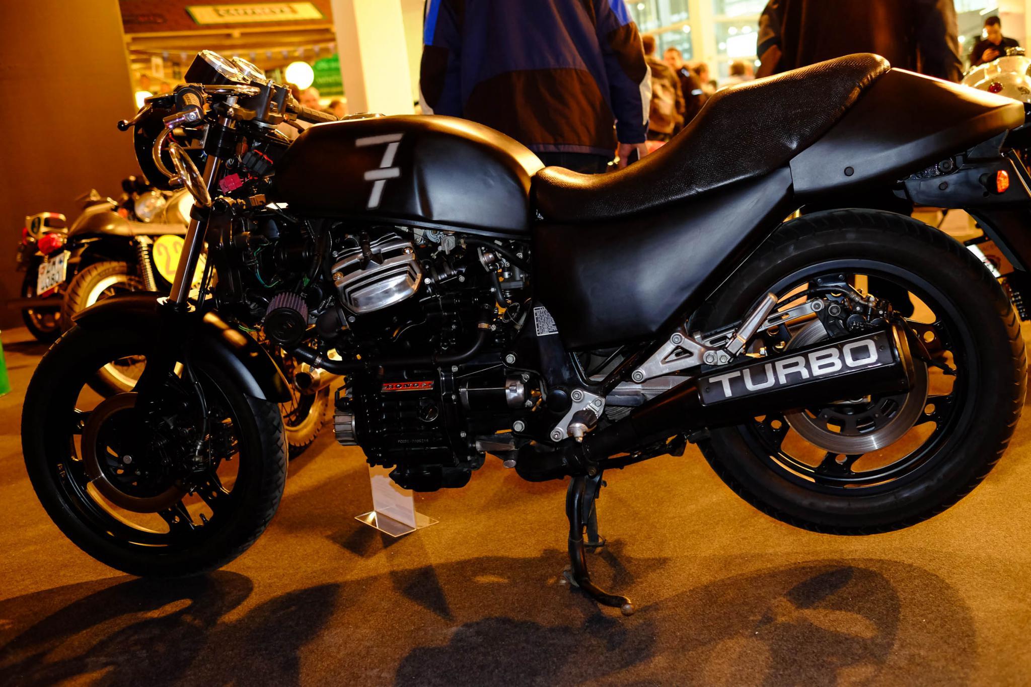 cafe racer swiss moto 2015 motorrad fotos motorrad bilder. Black Bedroom Furniture Sets. Home Design Ideas