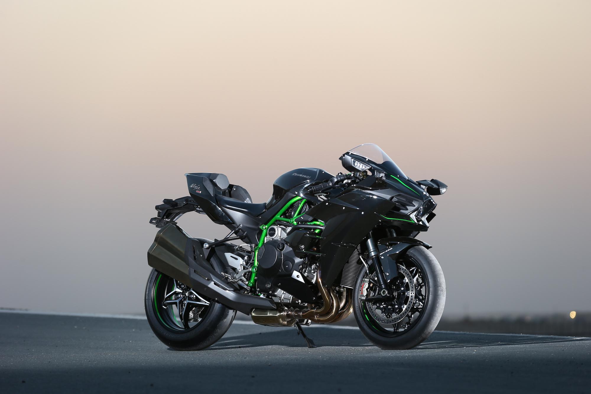 Test Kawasaki Ninja H2 R Mit 326 Ps Auf 320 Kmh Testbericht