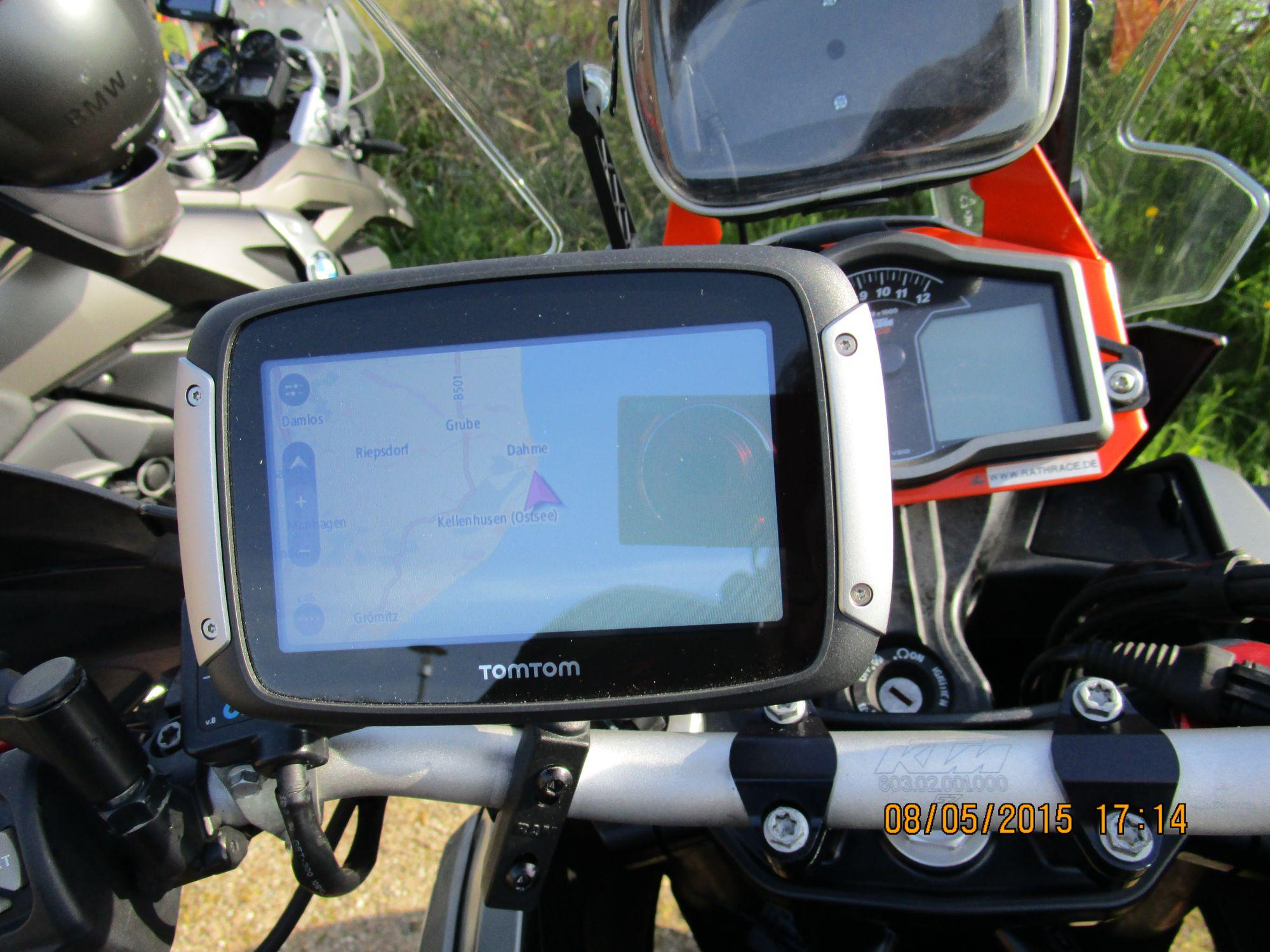 tomtom rider 400 test 2015 motorrad fotos motorrad bilder. Black Bedroom Furniture Sets. Home Design Ideas