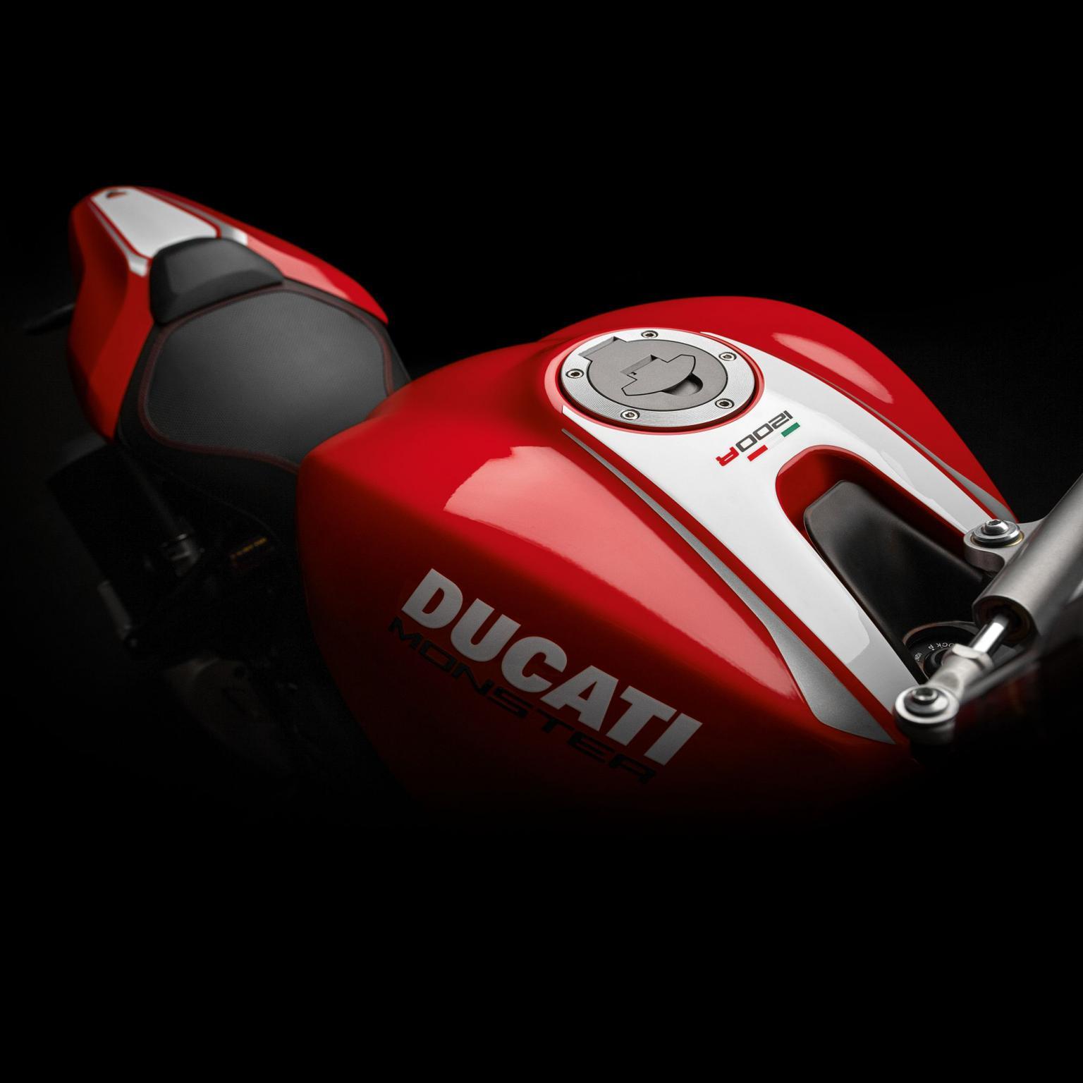 Ducati Monster Testastretta