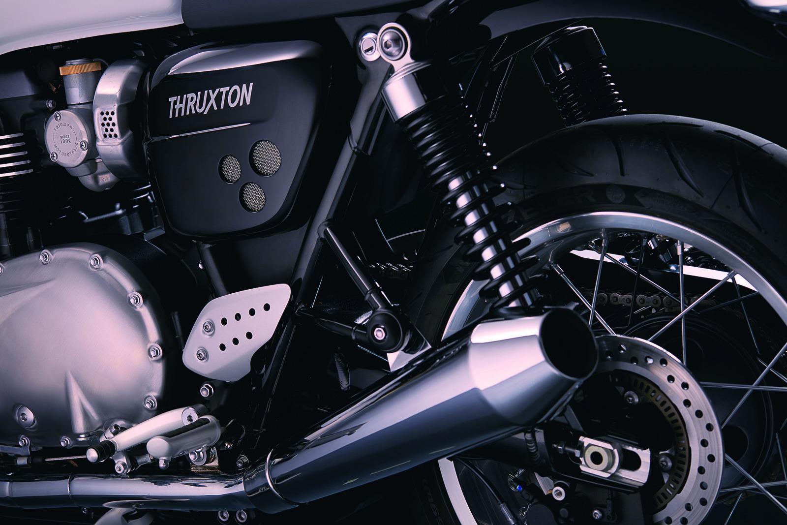 triumph thruxton und thruxton r 2016 motorrad fotos motorrad bilder. Black Bedroom Furniture Sets. Home Design Ideas