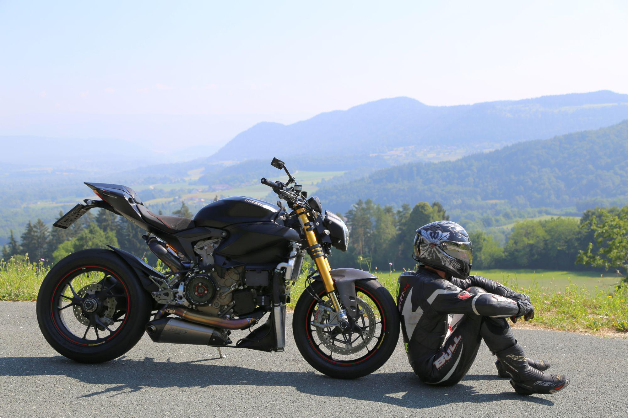 Ducati Streetfighter Forum