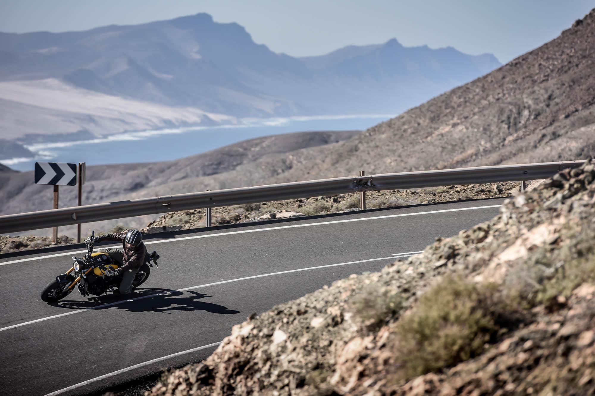 Bilder von Motorradgirls MOTORRADonlinede